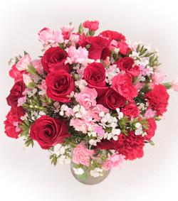 玫瑰康乃馨瓶花(图片)