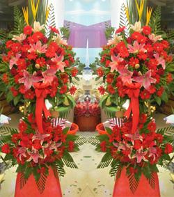 一对红色开运花篮(生意长虹)(图片)-爱慕鲜花速递