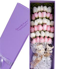 33枝粉白玫瑰花盒(图片)-爱慕鲜花速递